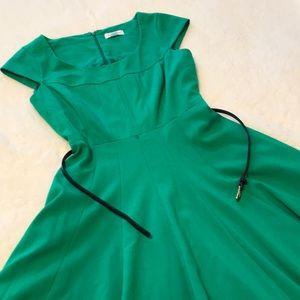 Calvin Klein | Green Cap Sleeve Dress with Belt